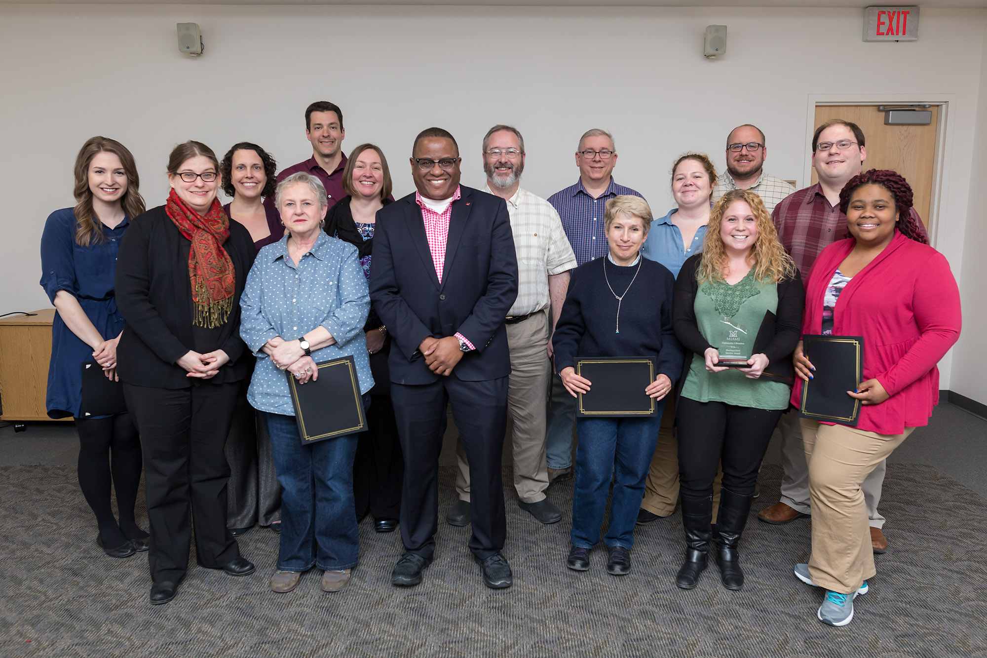 The 2018 nominees for the Libraries Distinguished Service Award gather for a group photograph with Dean and University Librarian Jerome Conley